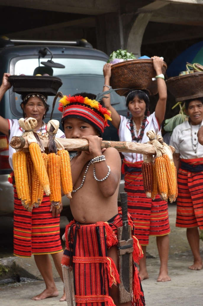 Igorot jongetje traditioneel